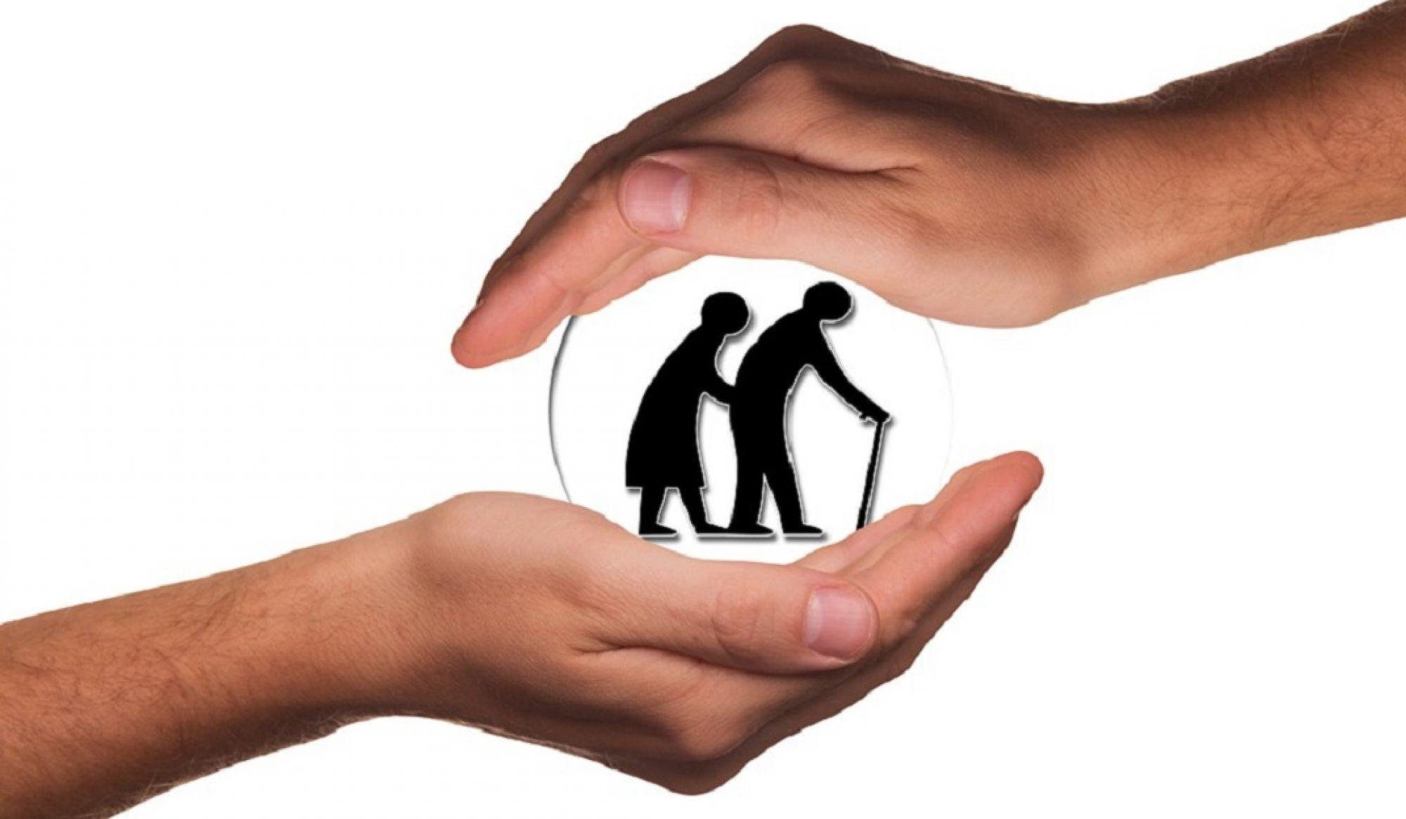 Image of a elderly couple in hands