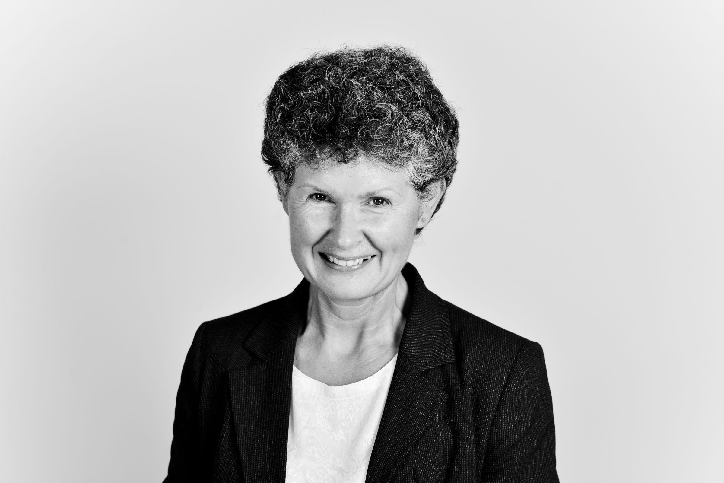 Dorothy Simon